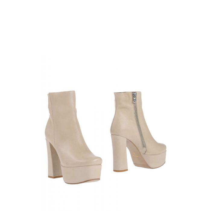Image for Stiù Woman Ivory Ankle boots