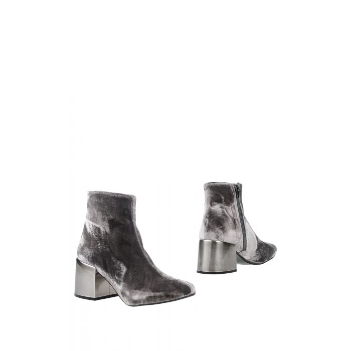 Image for Cross Walk Woman Grey Ankle boots