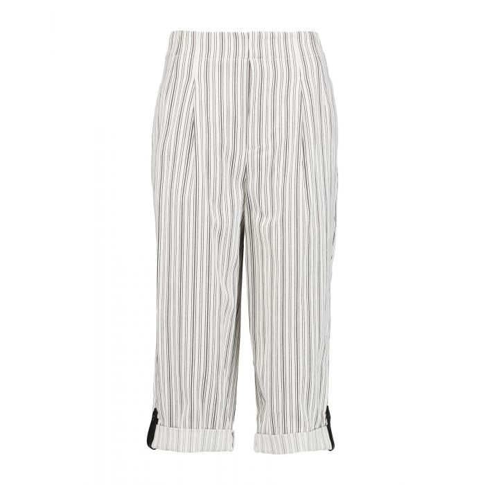Image for Alice + Olivia Woman White 3/4-length trousers