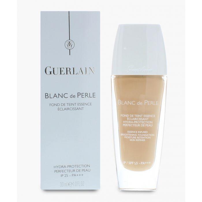 Image for Blanc De Perle ambre fluid foundation 30ml