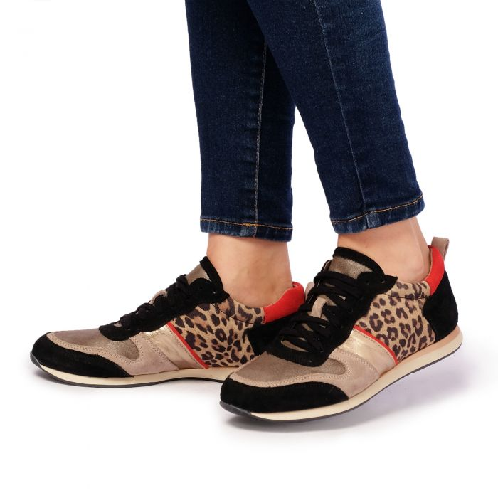 Image for Womens Leopard printed low-top trainers