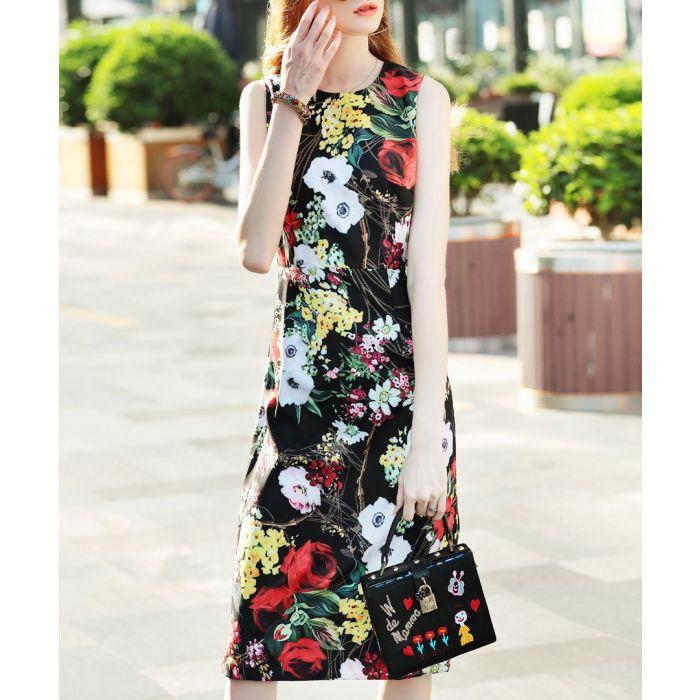 Image for Black & red rose print mid-length dress
