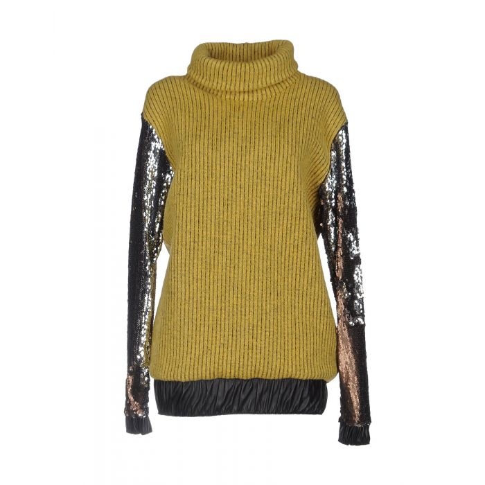 Image for Revise Woman Turtlenecks