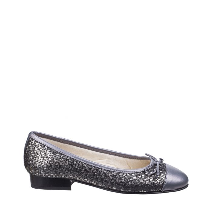 Image for Silver-tone leather bow ballet flats