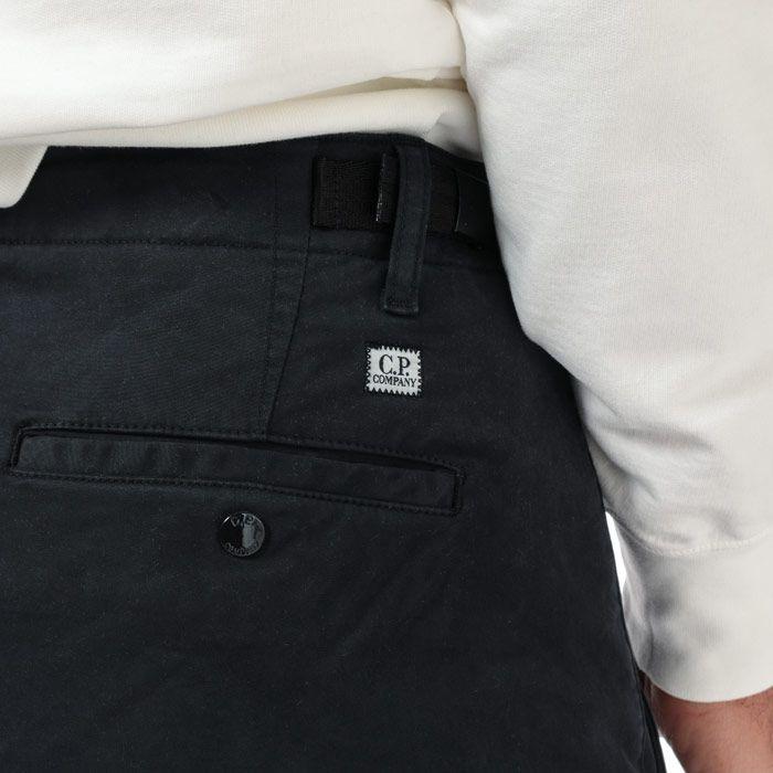 Men's C.P. Company Lens Cargo Pants in Navy