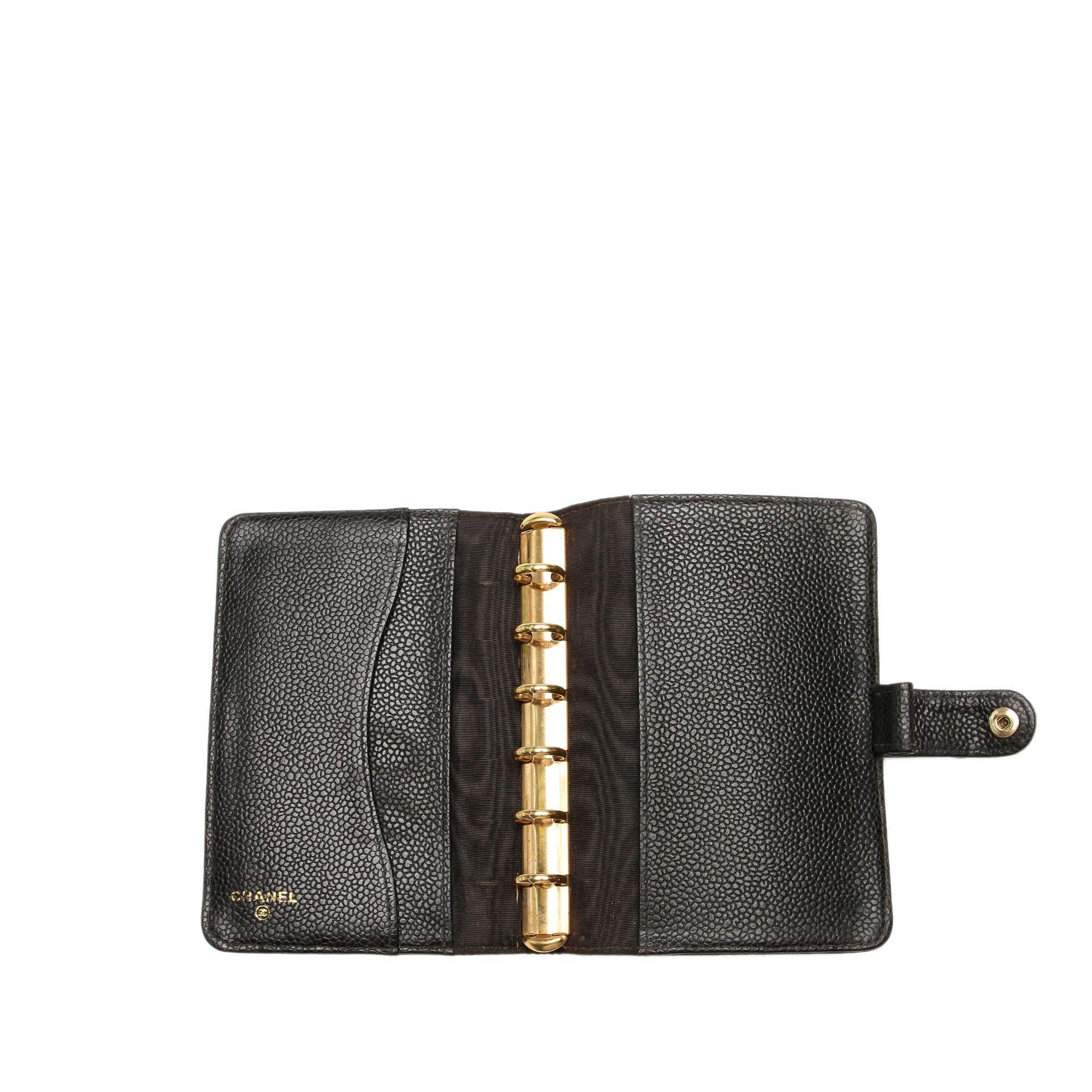 Vintage Chanel CC Caviar Leather Wallet Black