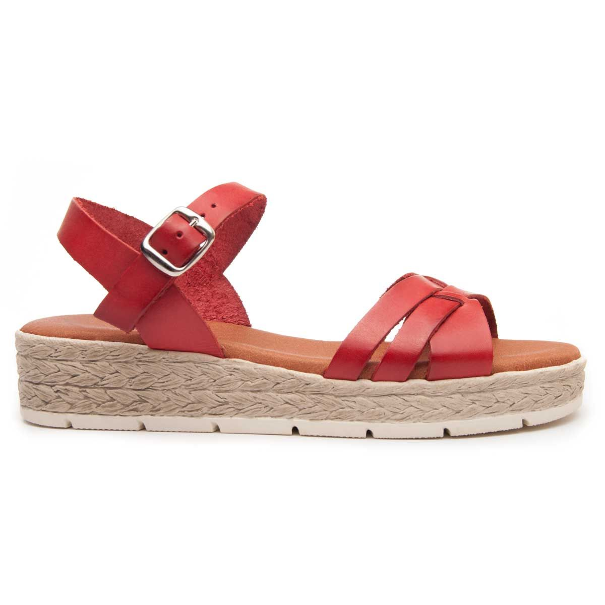 Leindia Strappy Sandal in Red