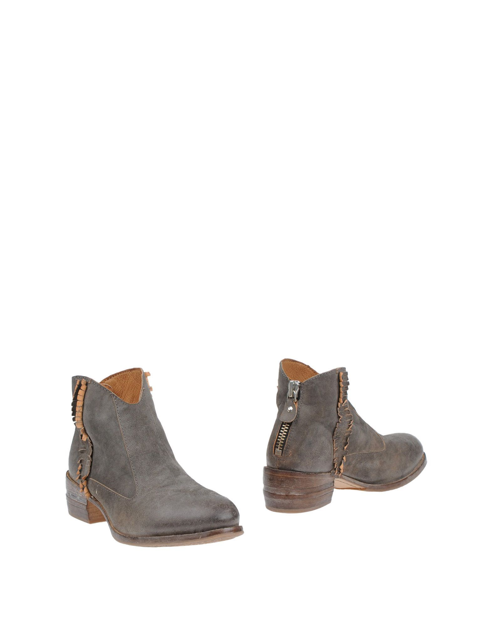 Moma Lead Leather Ankle Boots