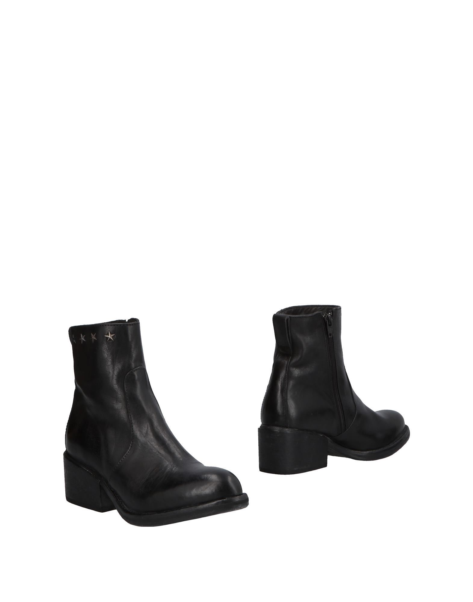 Moma Black Leather Ankle Boots
