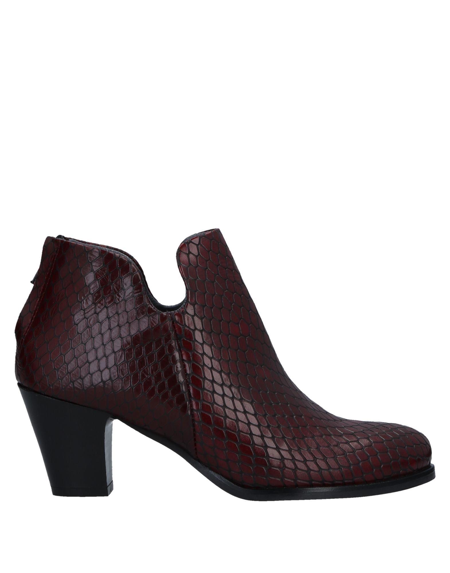 FOOTWEAR Lilimill Maroon Woman Leather