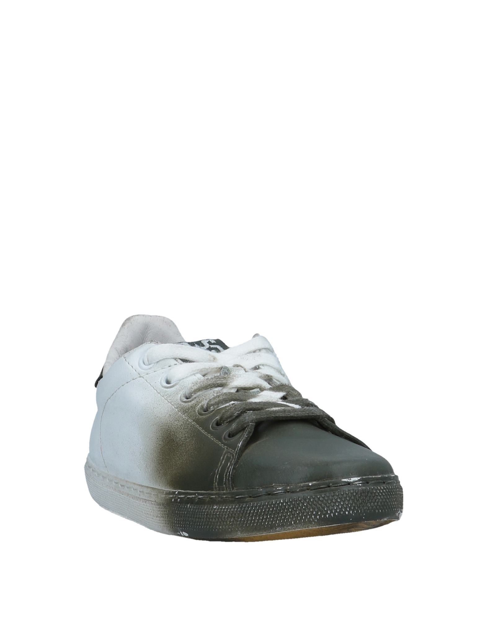 2Star White Boys Shoes