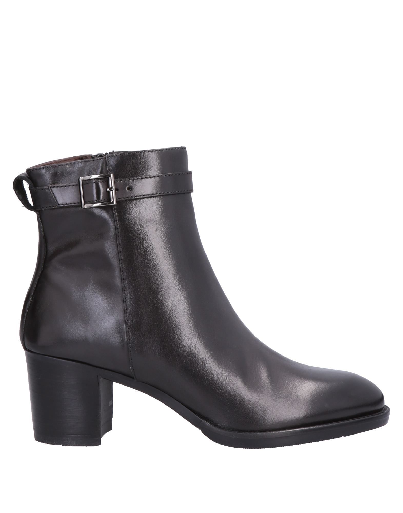 FOOTWEAR Boemos Black Woman Leather