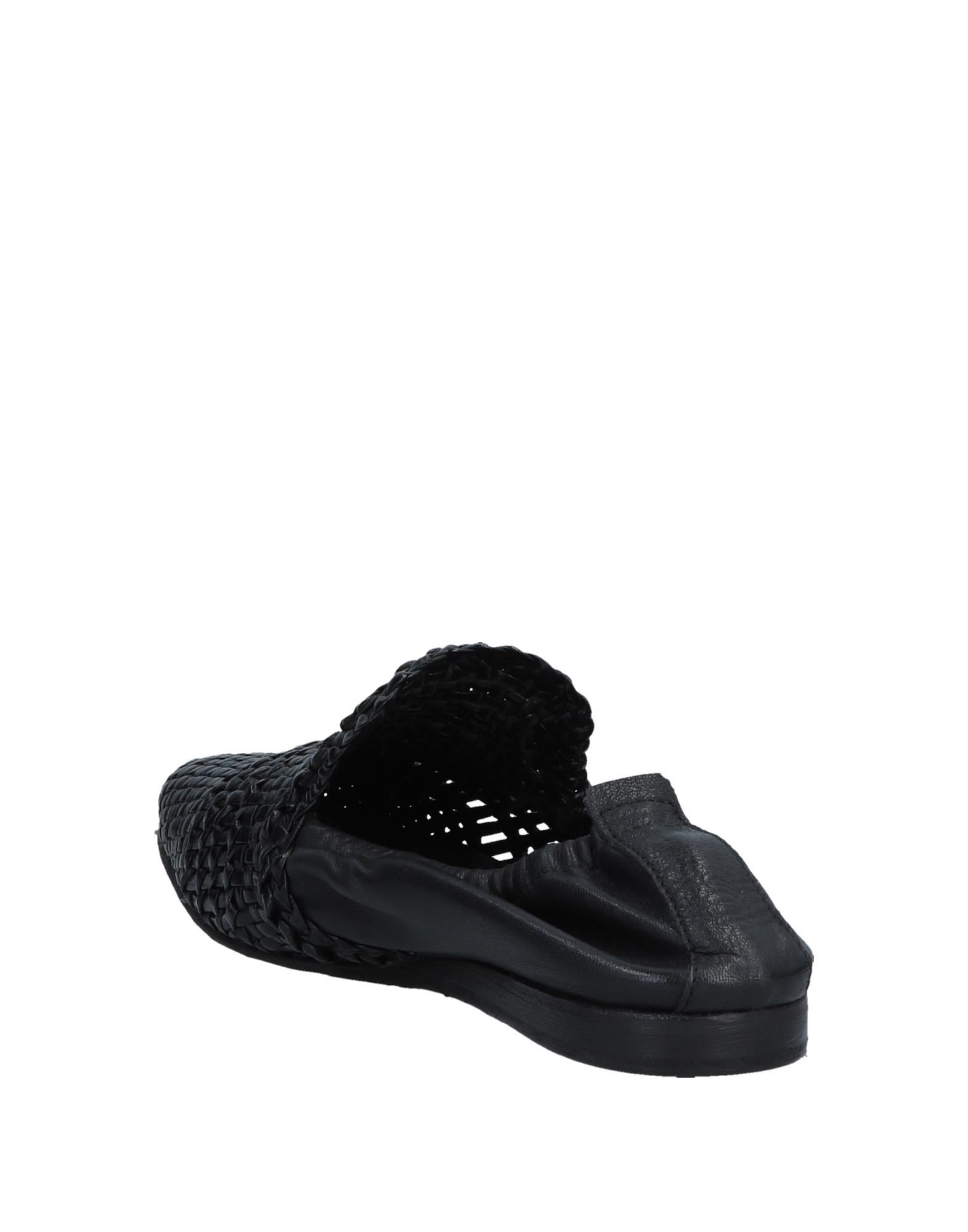 Lemare Black Leather Loafers