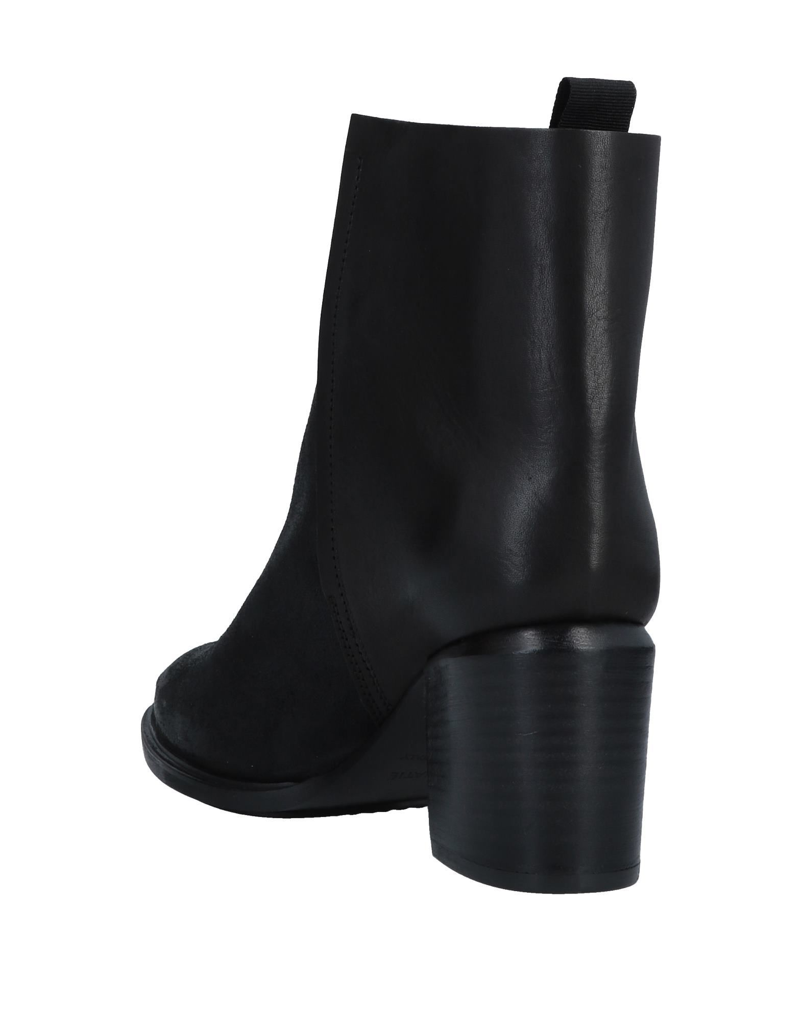 Vic Matie Women's Ankle Boots Black Leather