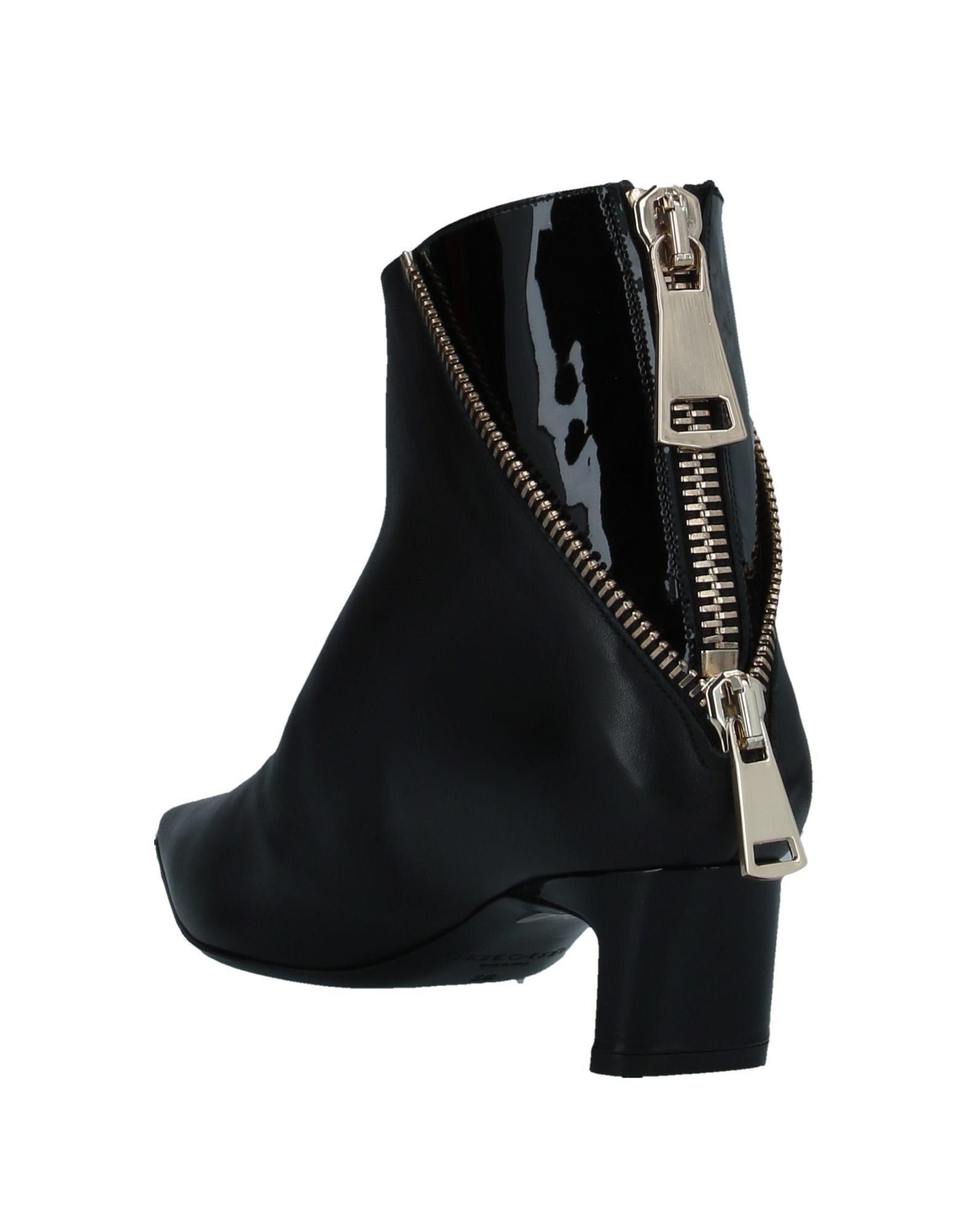 Racine Carrée Women's Ankle Boots Black Pelliccia Di Vitello