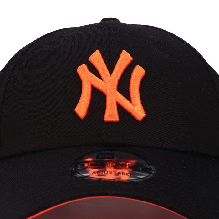 New Era New York Yankees 9Forty Cap in Black Orange