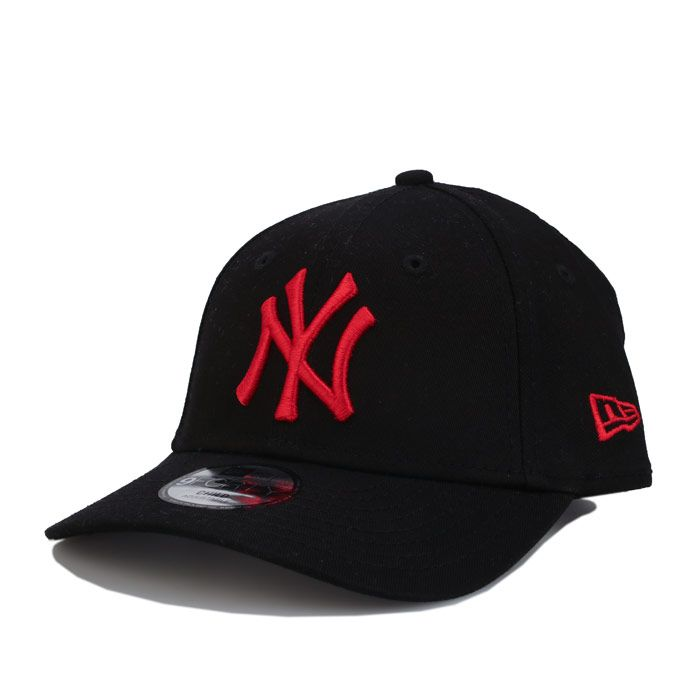 New Era Ny Yankees Essential 9Forty Cap in Black