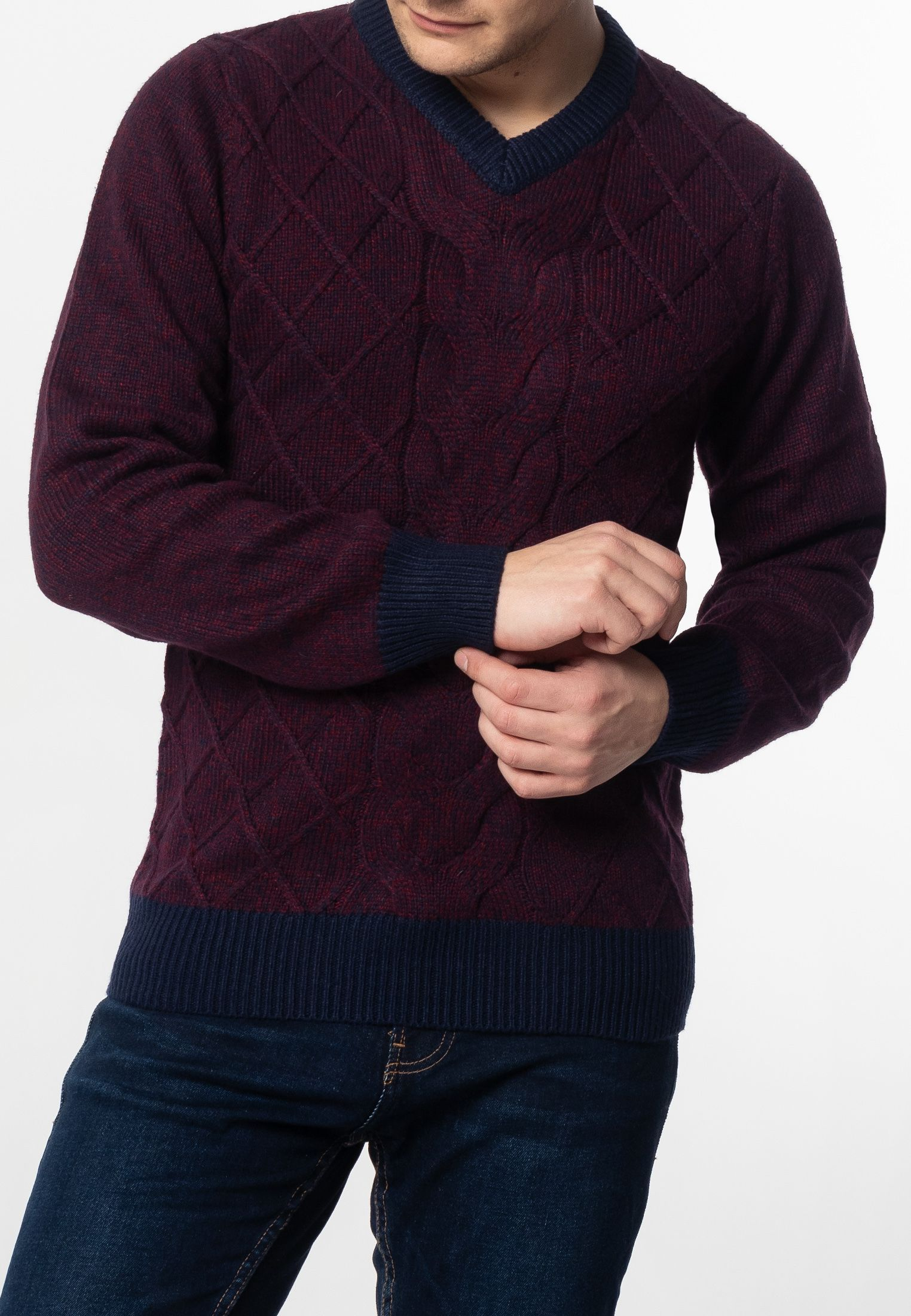 Hatcliffe Cable V-Neck Jumper With Ribbed Hem And Cuffs In Burgundy Marl