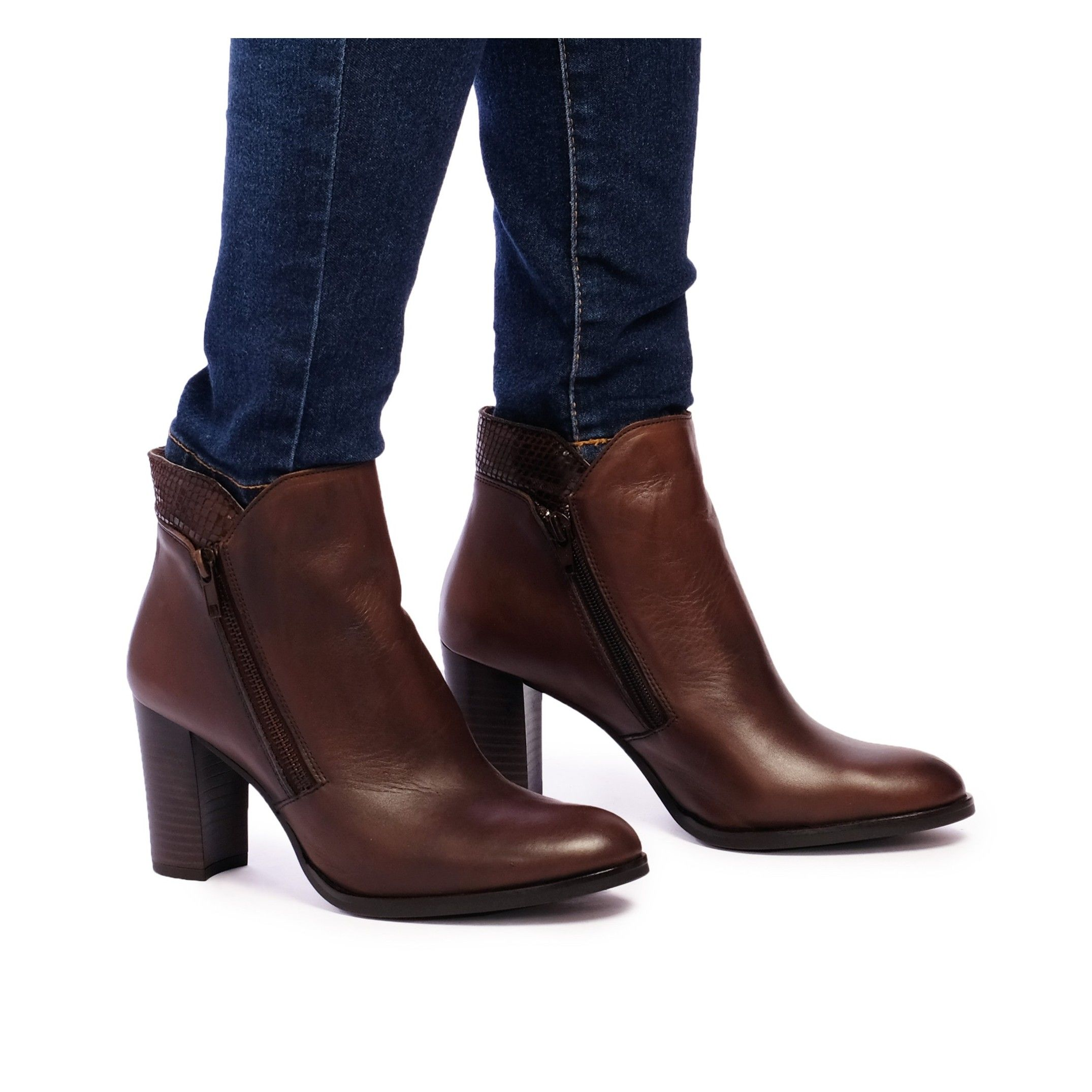 Eva López Leather Ankle Boots Heel Brown Woman