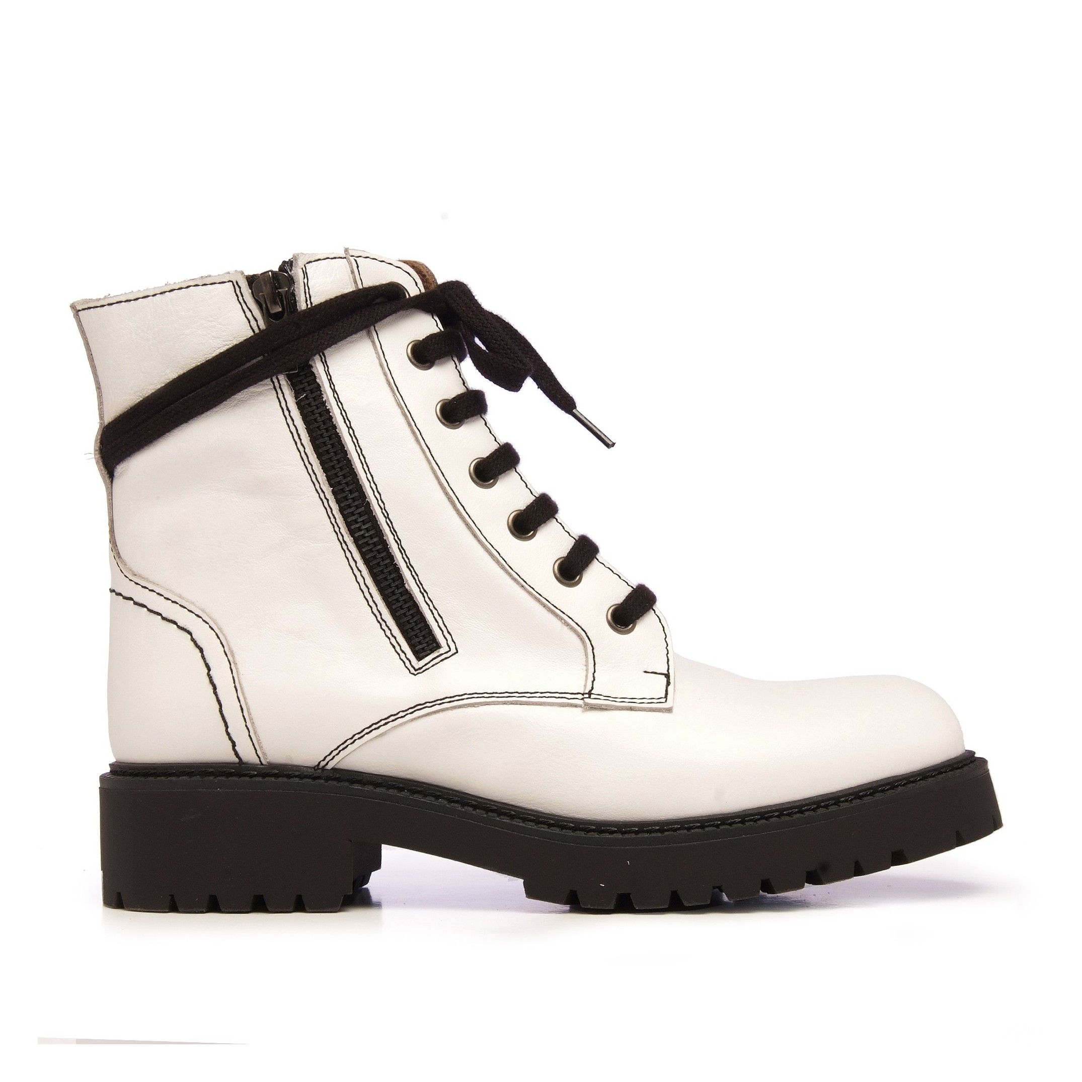 María Barceló Leather Boots Women Laces White