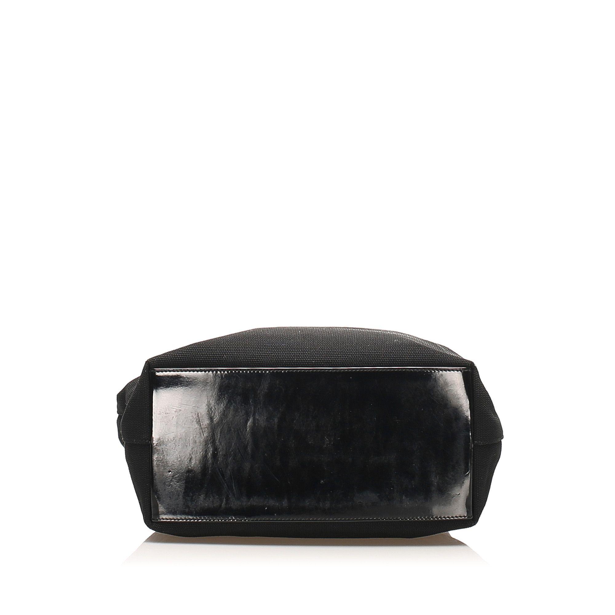 Vintage Gucci Nylon Shoulder Bag Black