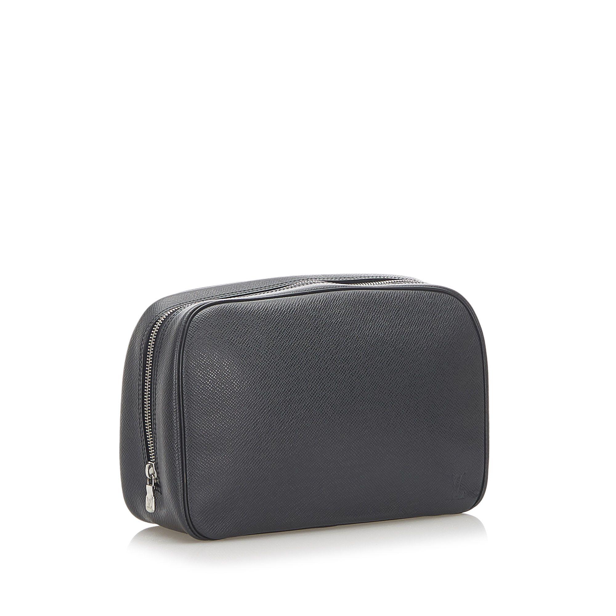 Vintage Louis Vuitton Taiga Toiletry Pouch GM Black