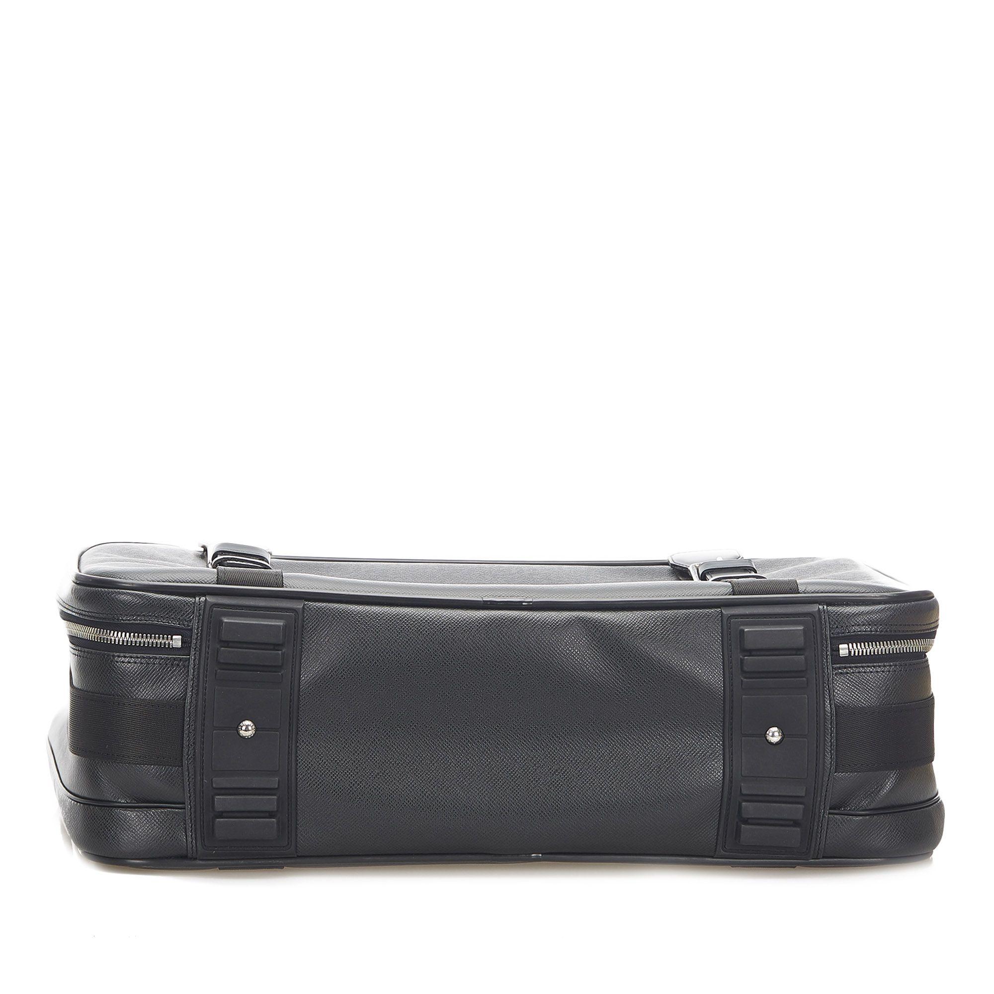 Vintage Louis Vuitton Taiga Satellite 53 Black