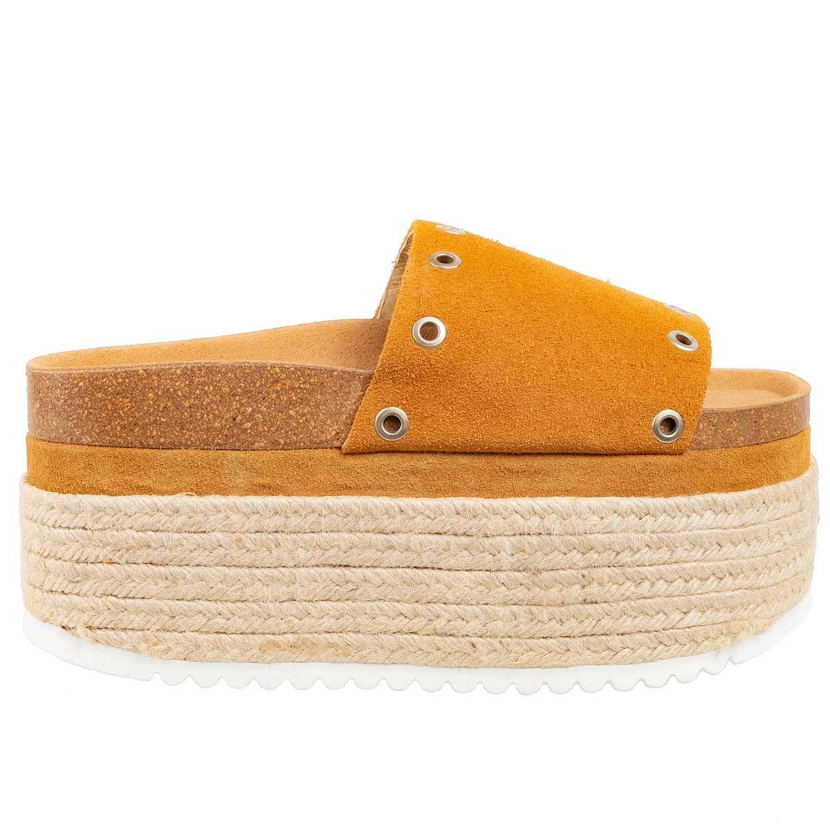 Leindia Flatform Espadrille Sandal in Beige