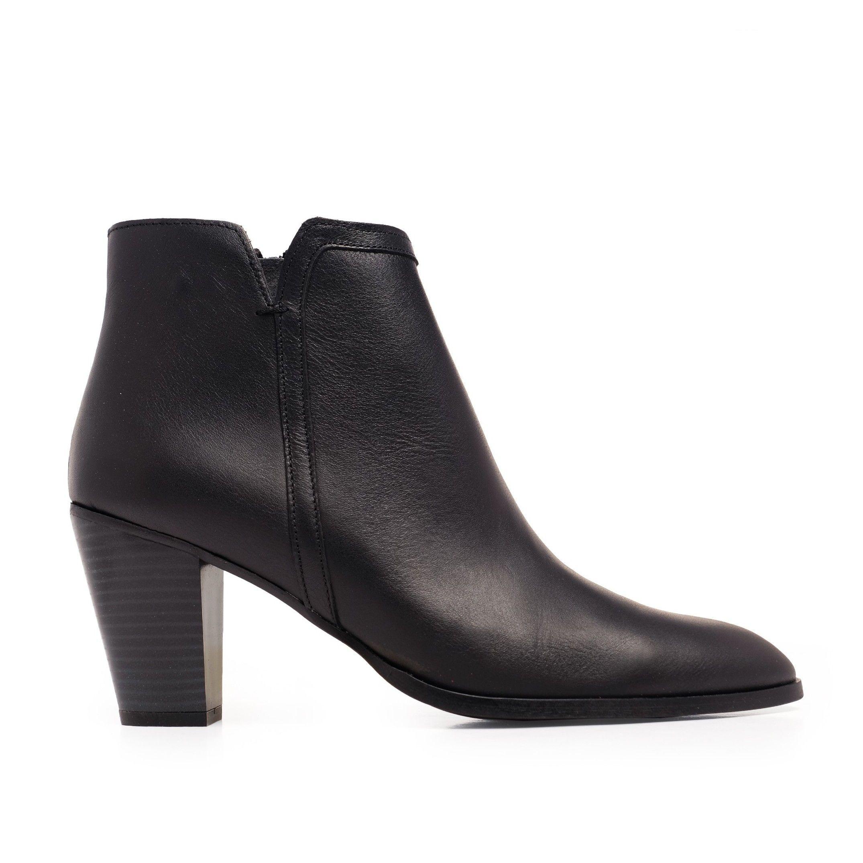 Eva López Leather Ankle Boots Heel Black Woman