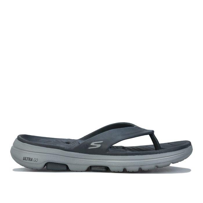 Men's Skechers Go Walk 5 Cabana Flip Flops In Charcoal