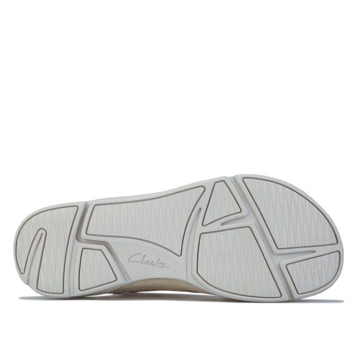 Women's Clarks Trigenic Tri Alexia Sandals in White