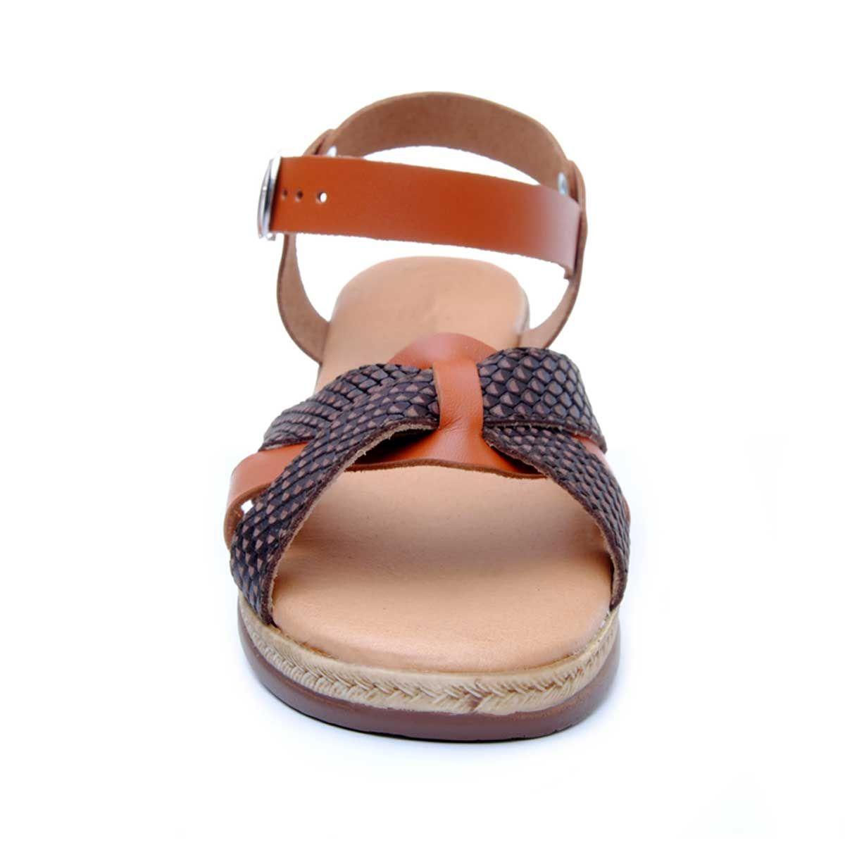 Purapiel Strappy Flat Sandal in Camel