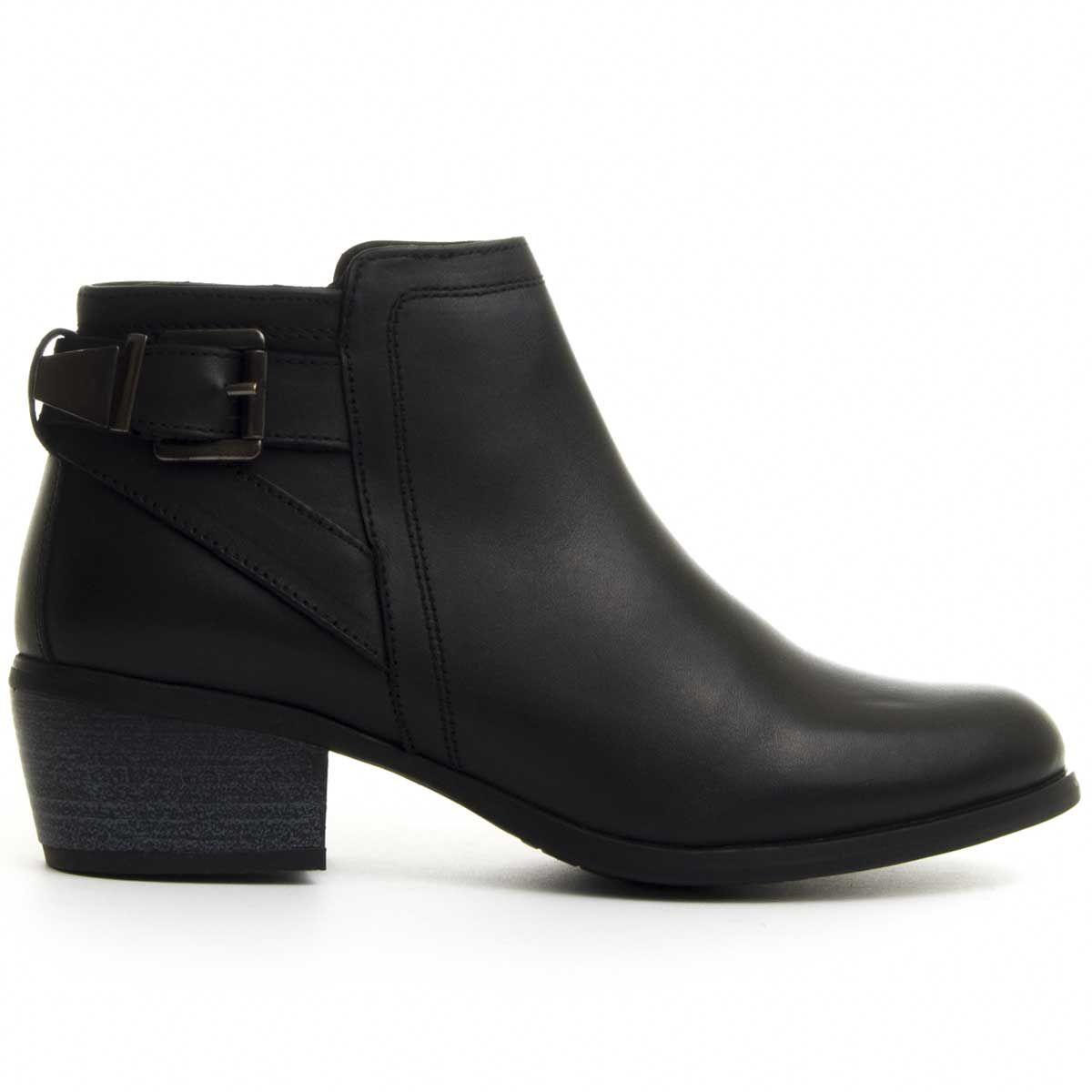 Purapiel Heeled Ankle Boot in Black