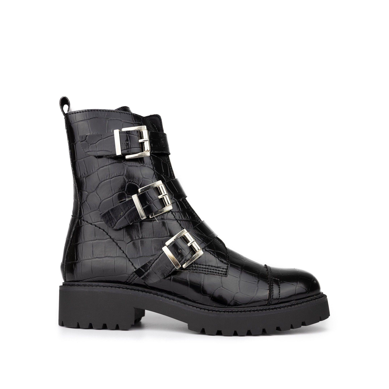 María Barceló Leather Boots