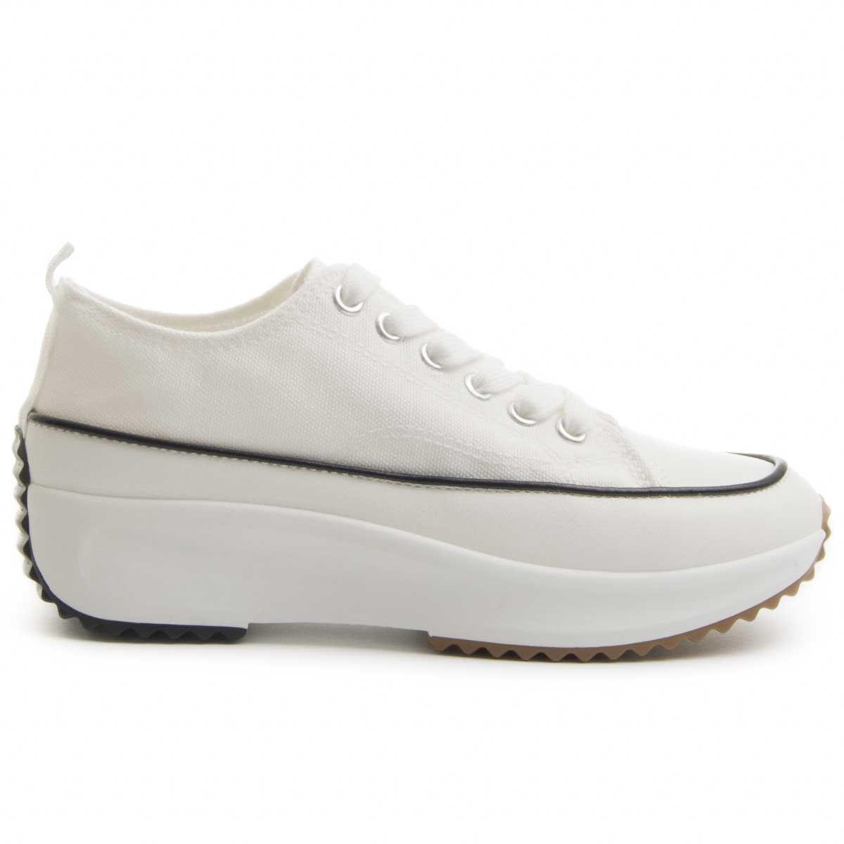 Montevita Flatform Sneaker in White