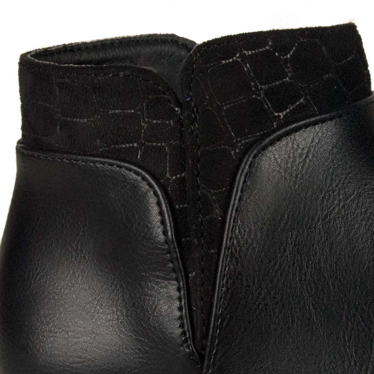 Montevita Flat Ankle Boot in Black