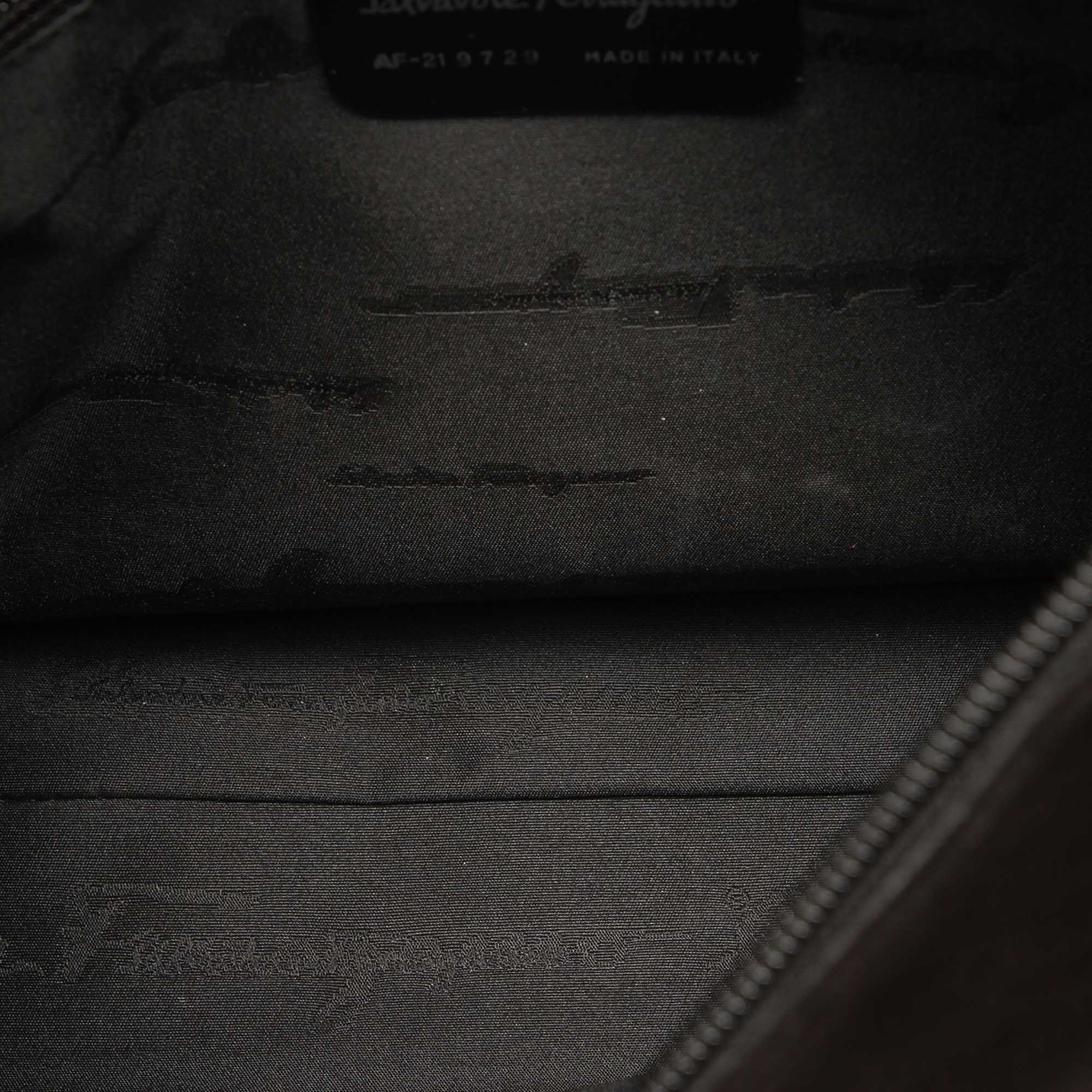 Vintage Ferragamo Leather Shoulder Bag Black