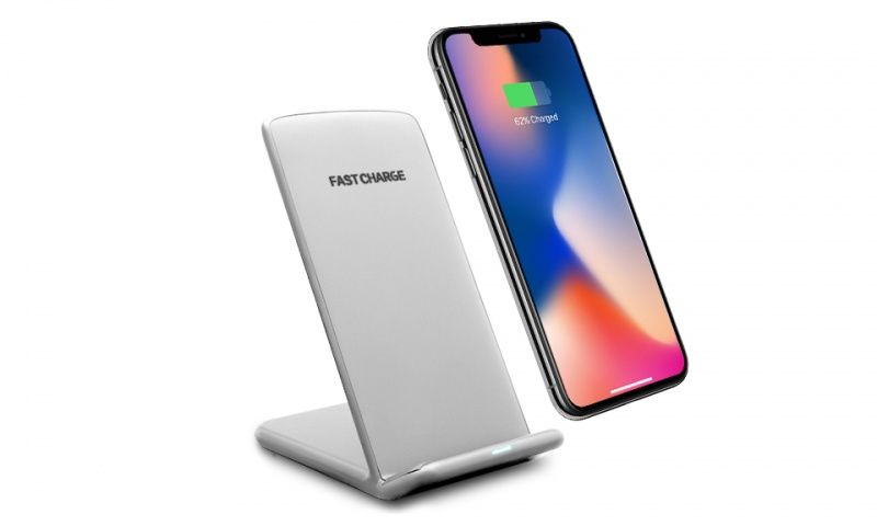 Aquarius Wireless Desktop Charging Stand with LED Indicator Silver