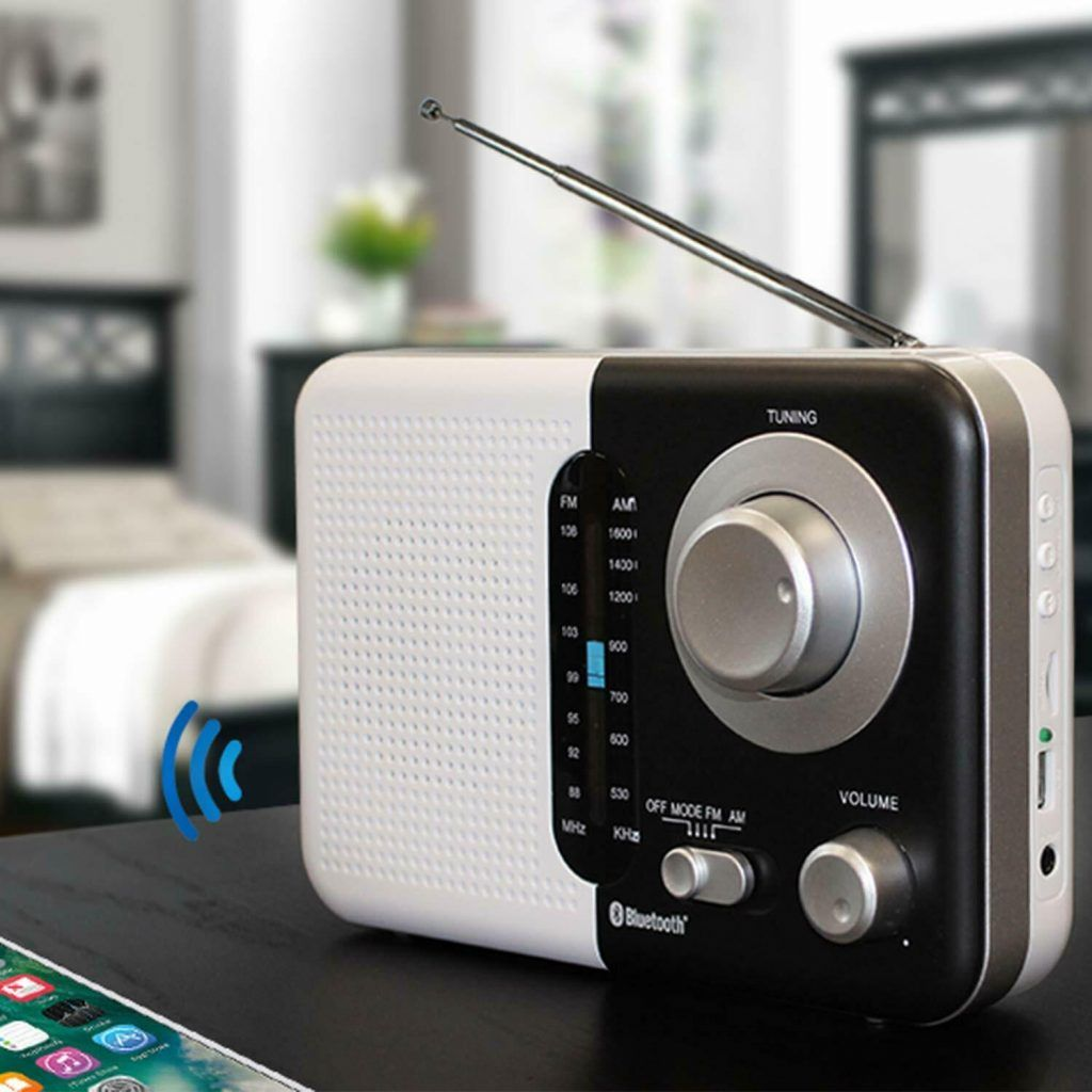 Soundz SZ412 AM/FM Portable Bluetooth Radio With USB Port And SD Card Slot White & Black