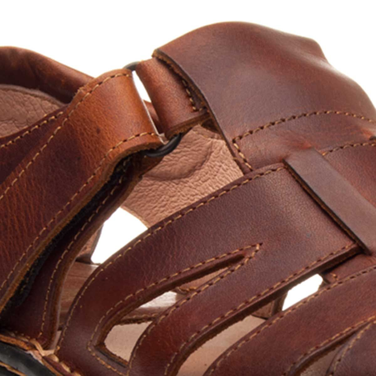 Purapiel Flat Sandal in Brown