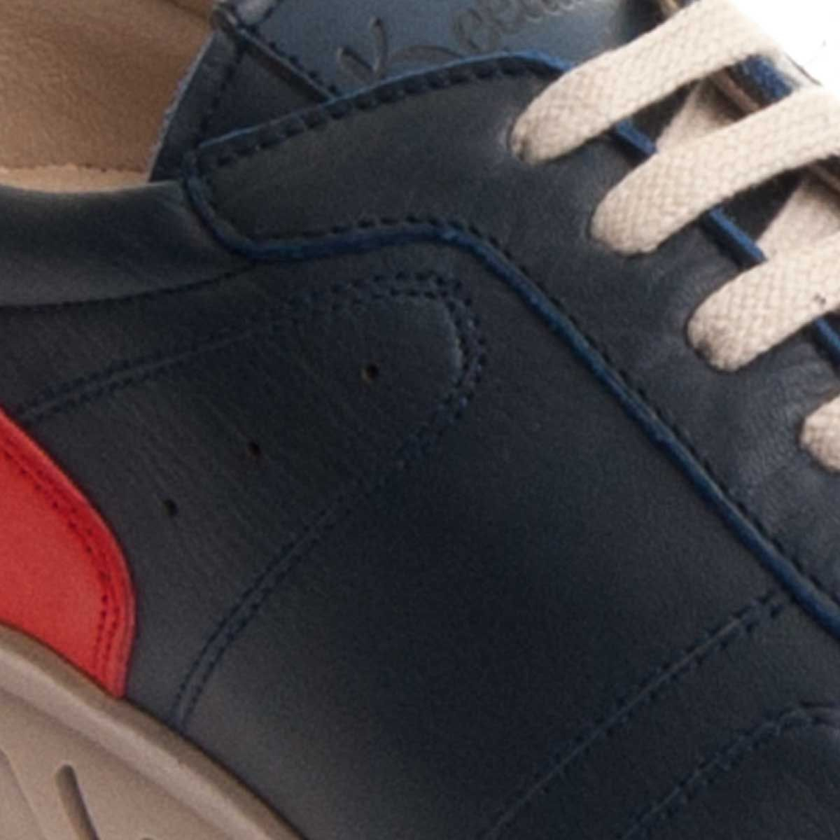 Purapiel Comfortable Sneaker in Blue