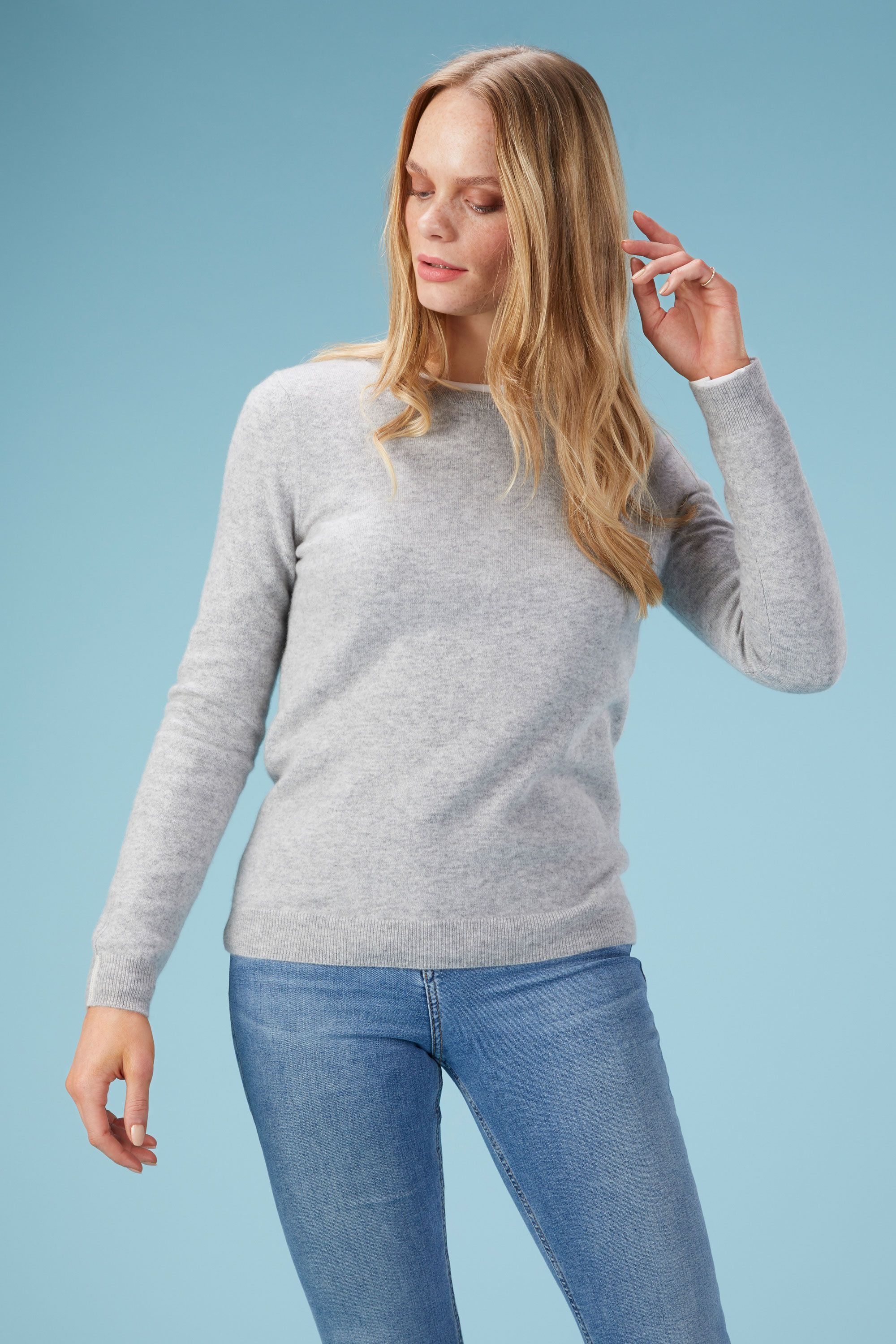 Cashmere Crew Neck Sweater in Foggy