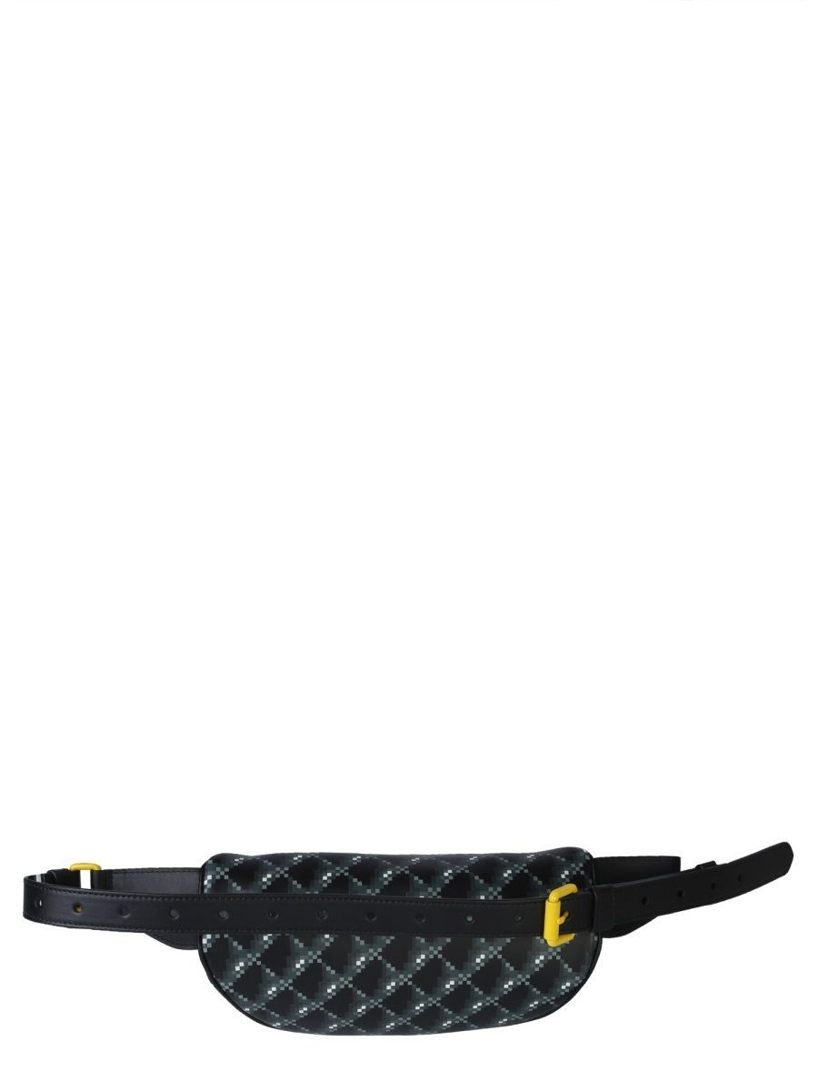 MOSCHINO WOMEN'S A779980511555 BLACK LEATHER BELT BAG