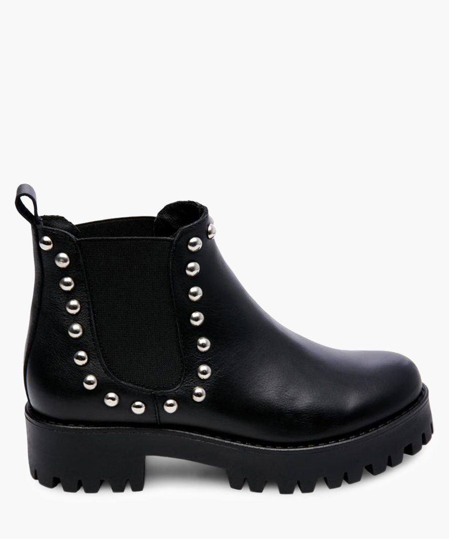 Bossy black leather Ankle boots