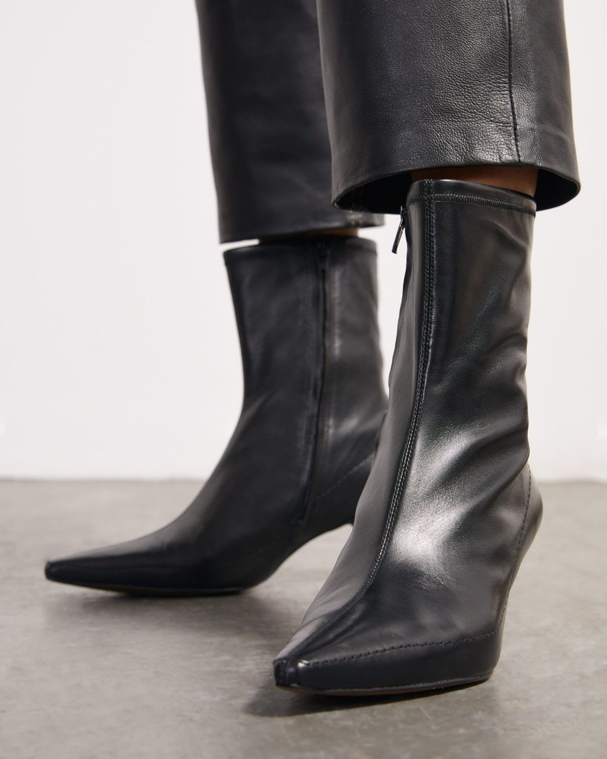 Charly Sock Ankle Boot Leather