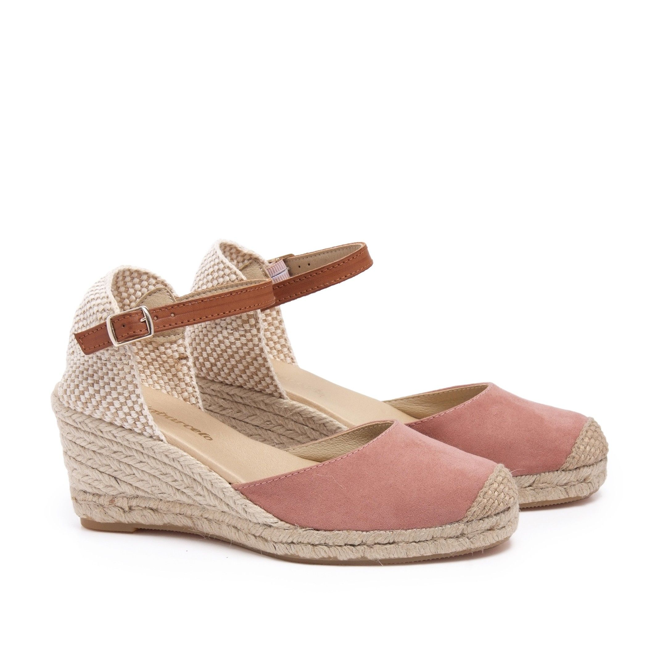 María Barceló Ankle Strap Summer Sandals in Pink