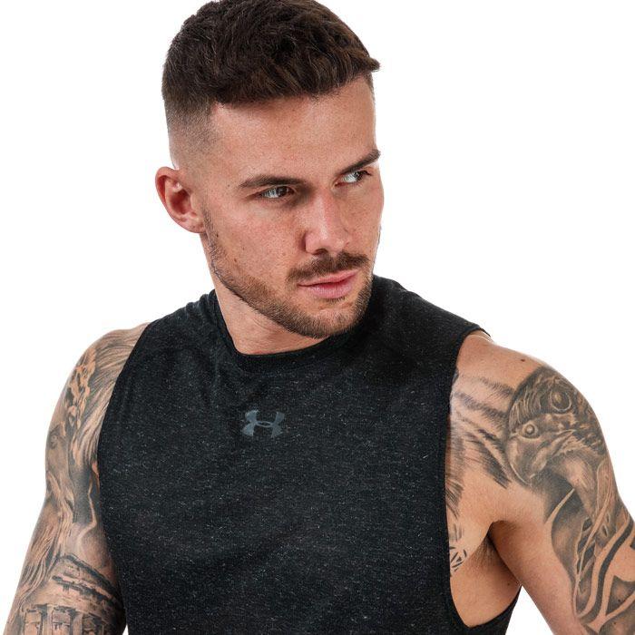Men's Under Armour Run Breeze Vest in Black