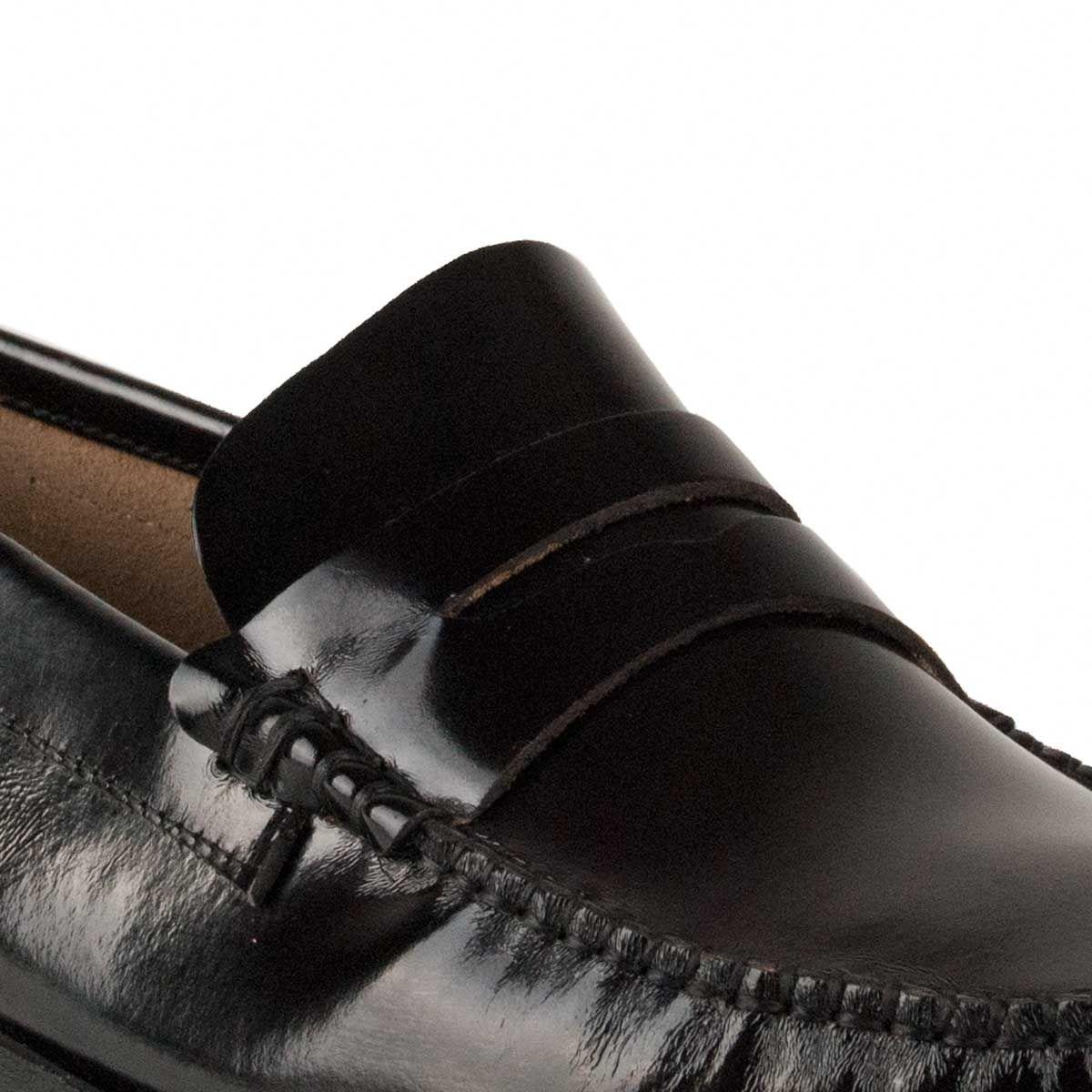 Montevita Moccasin in Black