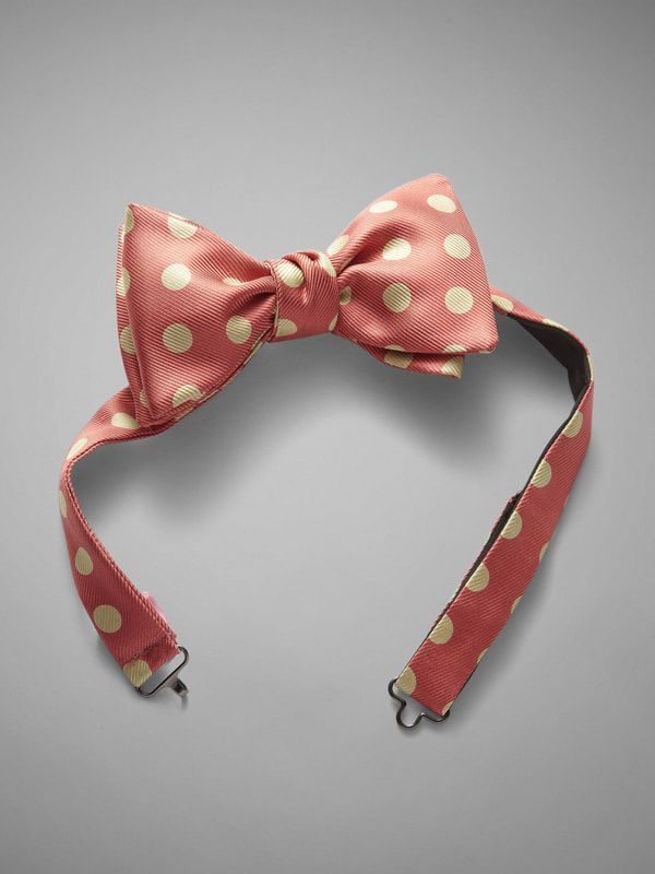 Large Polka Dot Bow Tie