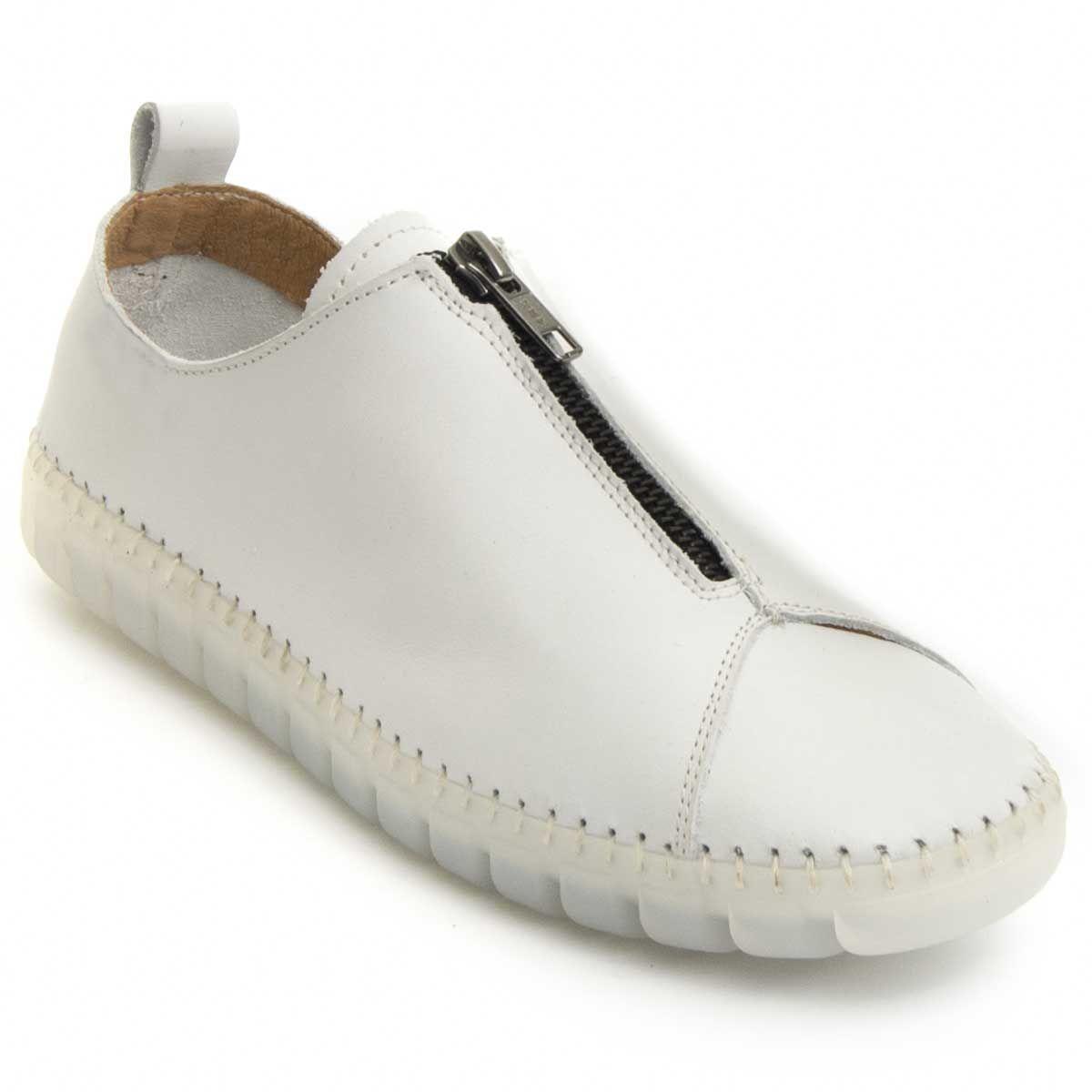 Purapiel Comfortable Moccasin in White